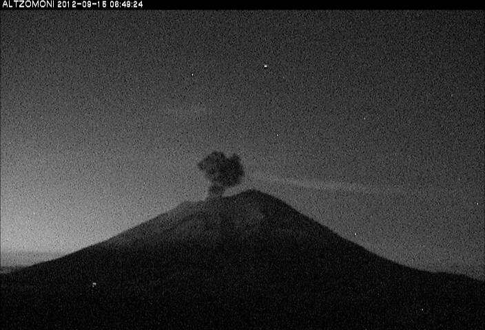 Eruption from Popo early on 15 Sep (CENPARED)