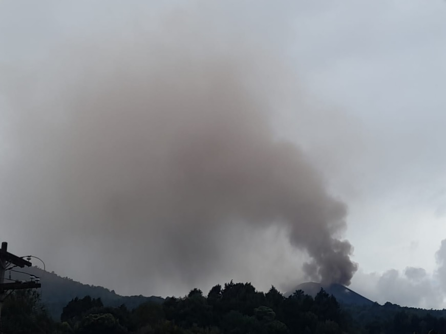 Ash emissions from Pacaya volcano yesterday (image: INSIVUMEH)