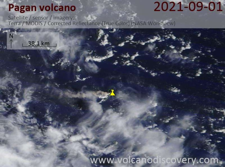 Ash plume from Pagan volcano today (image: VolcanoDiscovery)