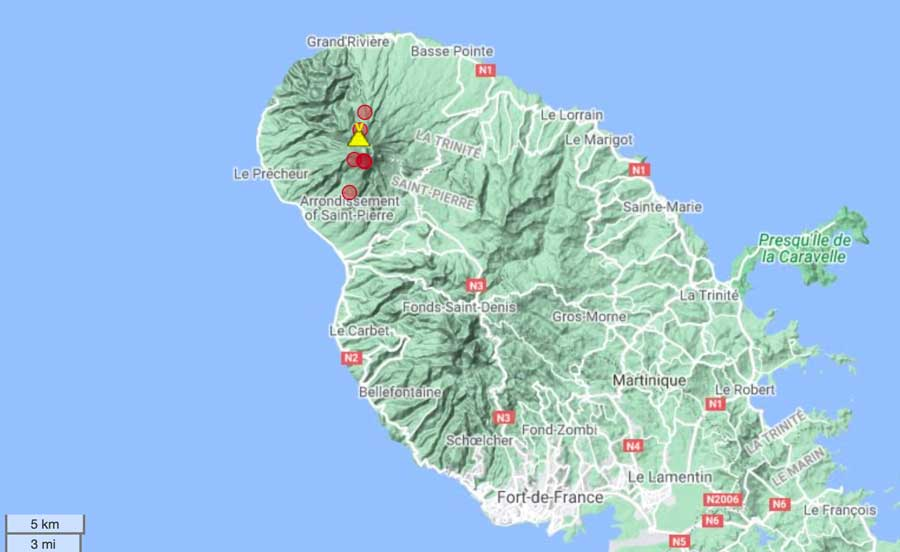 Location of earthquakes under Mt Pelée during the past 14 days