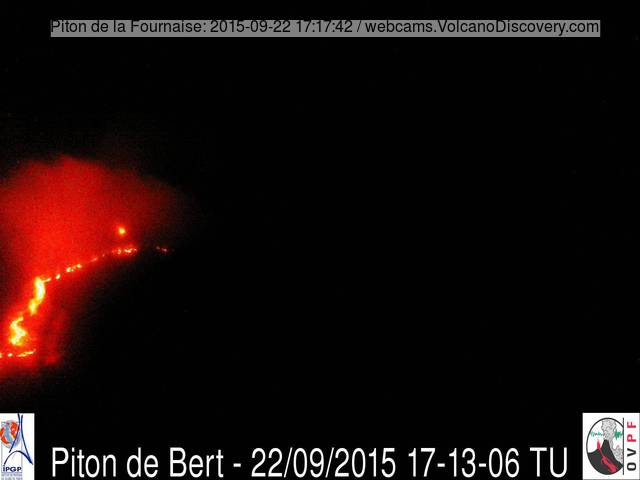 New surface lava flow from Piton de la Fournaise last night
