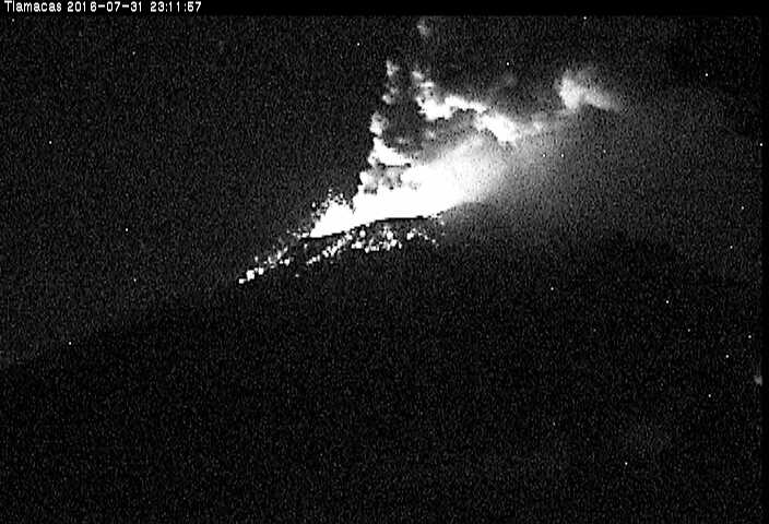 Strombolian eruption from Popo during the night 31 July - 1 Aug 2016