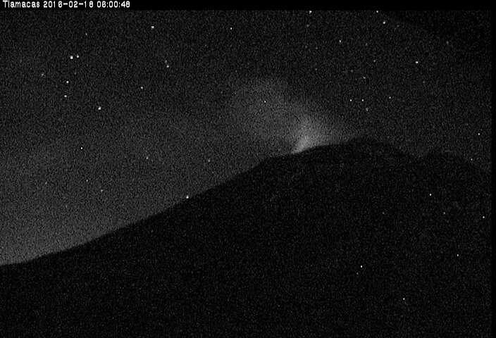 Glow from Popo's summit crater this morning