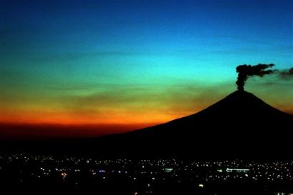 Popocatepetl volcano seen from the west near the city of Puebla, Mexico on March 30, 2005.(AP Photo/Joel Merino)