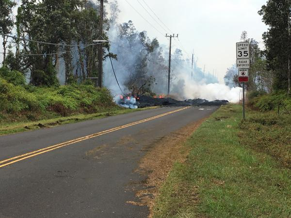 Activity of fissure #13 yesterday afternoon (image: HVO / USGS)
