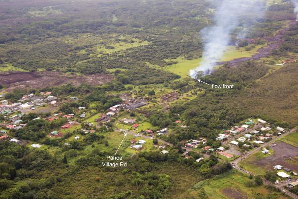 The advancing lava front in Pahoa last evening (image: HVO)