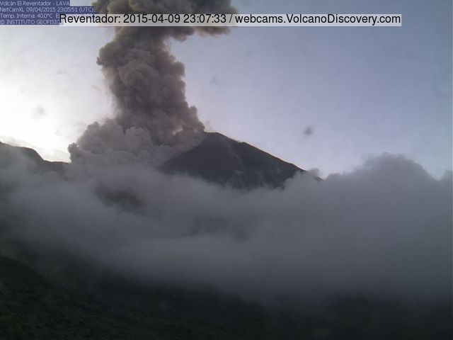 Explosion and pyroclastic flow at Reventador on 9 April