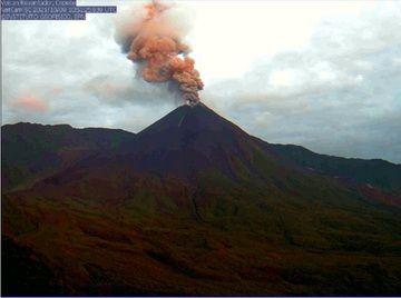 Eruption from Reventador volcano yesterday (image: IGEPN)