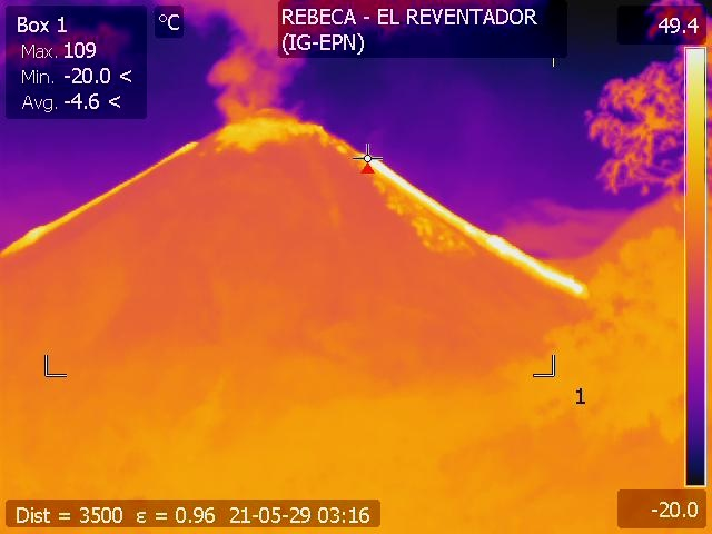 Thermal image of Reventador volcano from 29 May shows both lava flows on the N and S flanks (image: IGEPN)