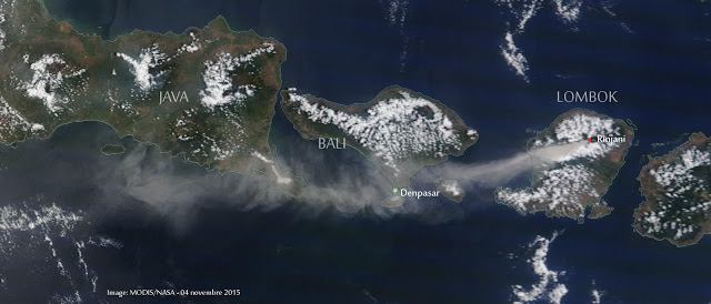 Ash plume from Rinjani volcano drifting over Bali today (MODIS / NASA)