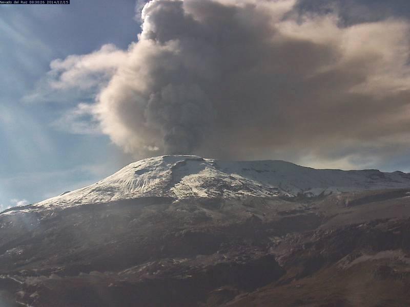 Ash emission from Nevado del Ruiz yesterday (INGEOMINAS)