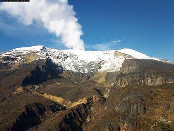 Steaming from Nevado del Ruiz volcano on 12 June (image: INGEOMINAS)
