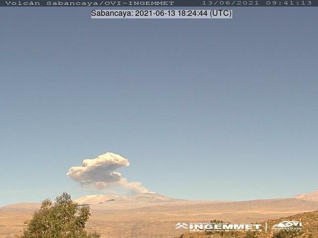Eruption from Sabancaya volcano on 13 June (image: INGEMMET)