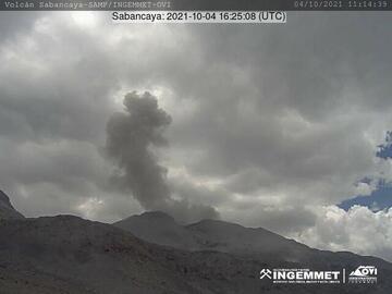 Eruption from Sabancaya volcano on 4 October (image: INGEMMET)