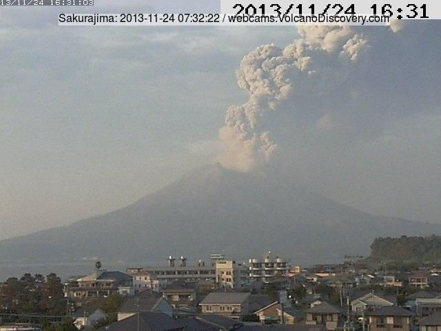 Explosion from Sakurajima this morning (Tarumizu MBC webcam)