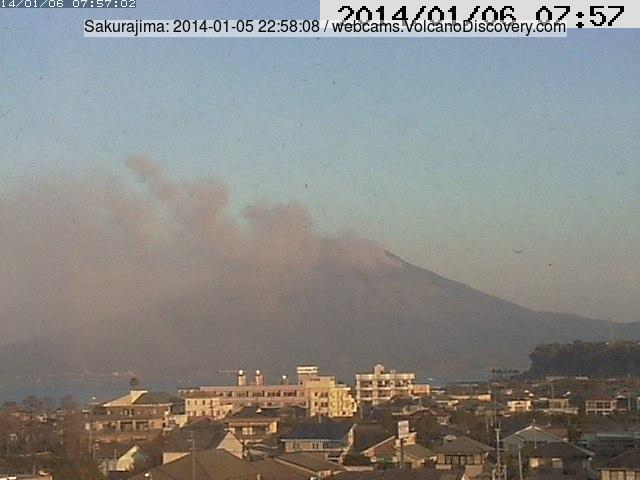Sakurajima venting ash yesterday (Tarumizu webcam)