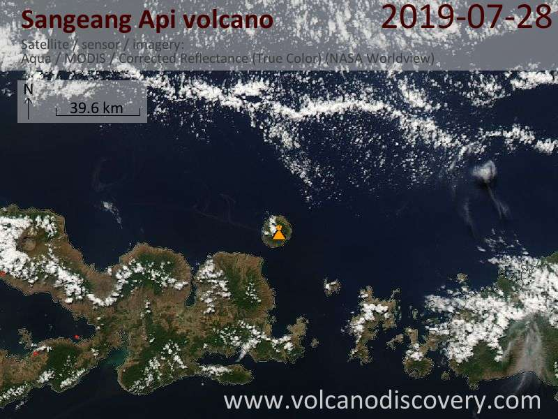 Satellitenbild des Sangeang Api Vulkans am 28 Jul 2019