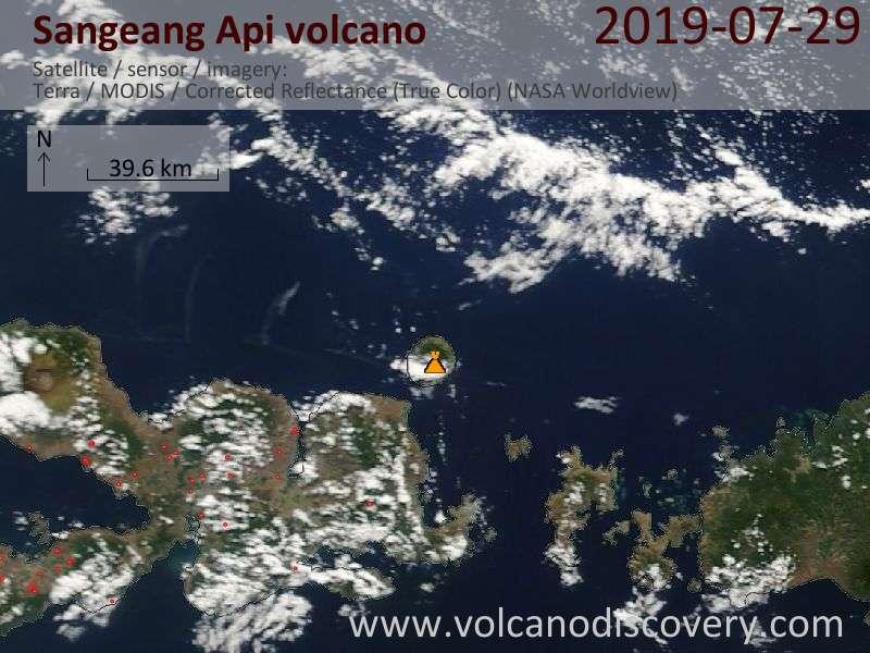 Спутниковое изображение вулкана Sangeang Api 29 Jul 2019