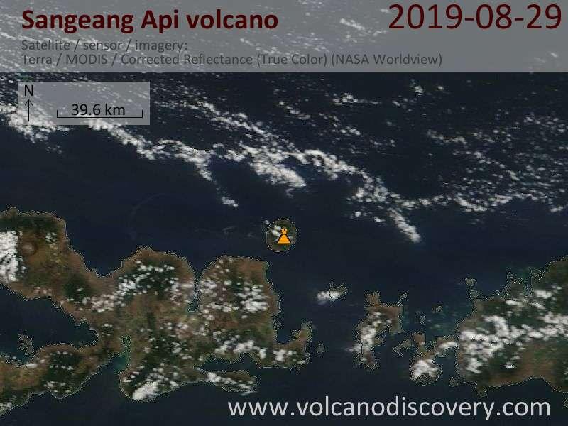 Спутниковое изображение вулкана Sangeang Api 29 Aug 2019