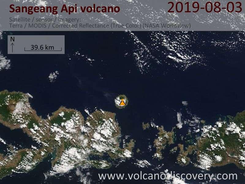 Спутниковое изображение вулкана Sangeang Api  3 Aug 2019
