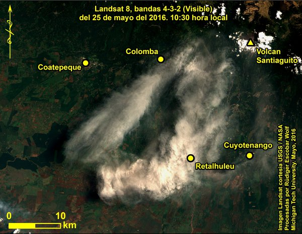The ash plume from Santiaguito's explosions on 25 May 2016 (image: Rüdiger Escobar Wolf @rudigerescobar / twitter)