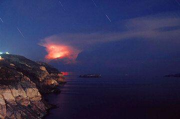 Gewitterstimmung über Santorin (Foto: Tom Pfeiffer)