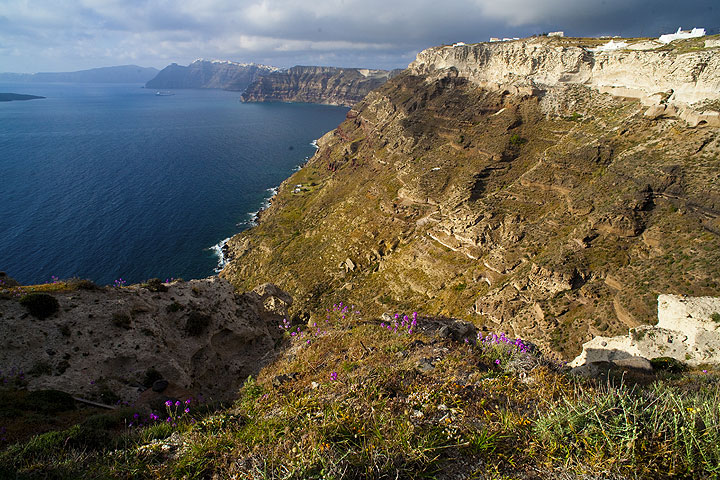 The Santorini caldera cliffs, a text-book of volcanic deposits from large eruptions in the past
