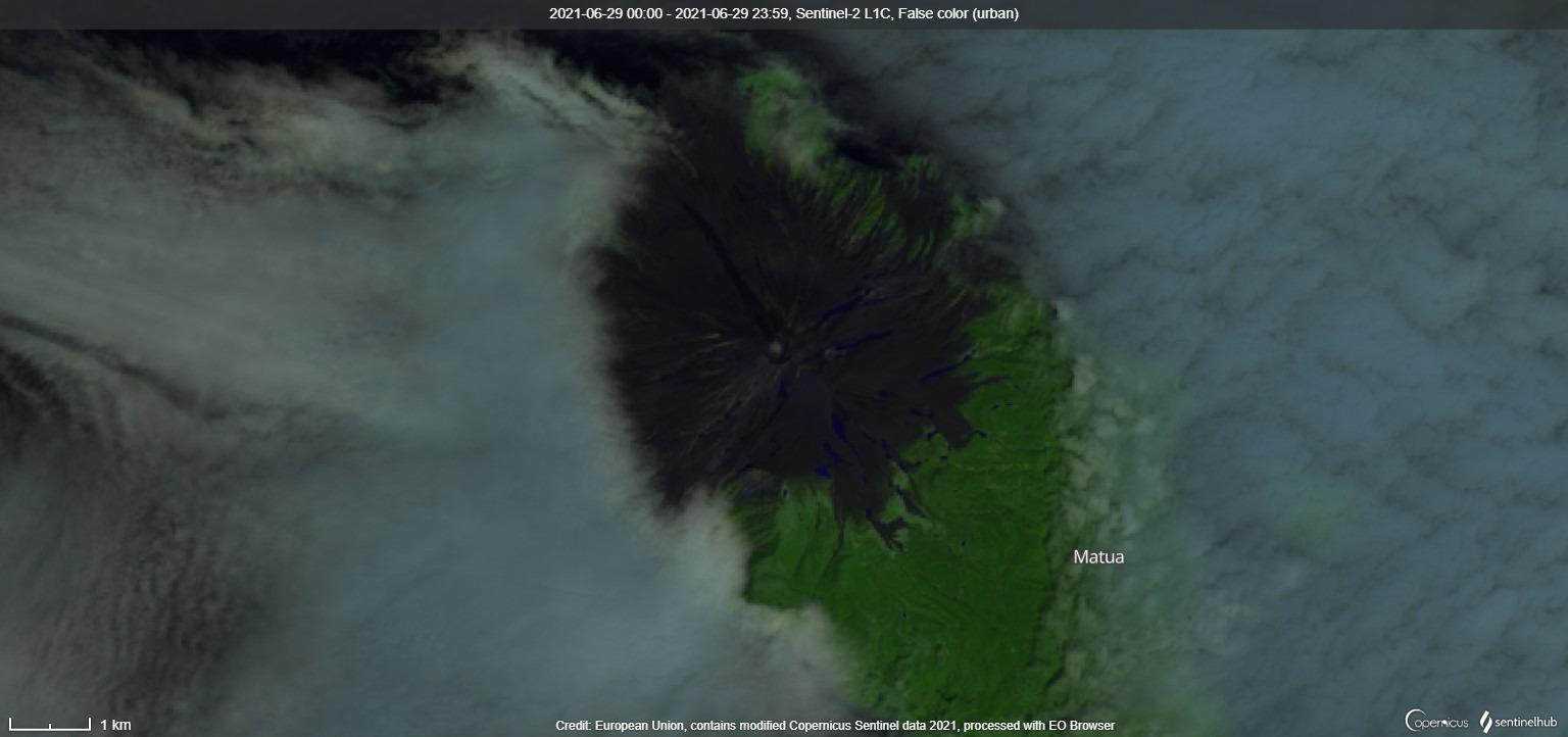 Satellite image of Sarychev Peak on 29 June, day before the eruption (image: Sentinel 2)