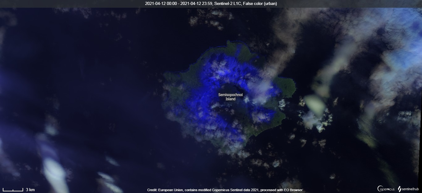 Ongoing minor ash emissions from the crater visible from the satellite on 12 April (image: Sentinel 2)