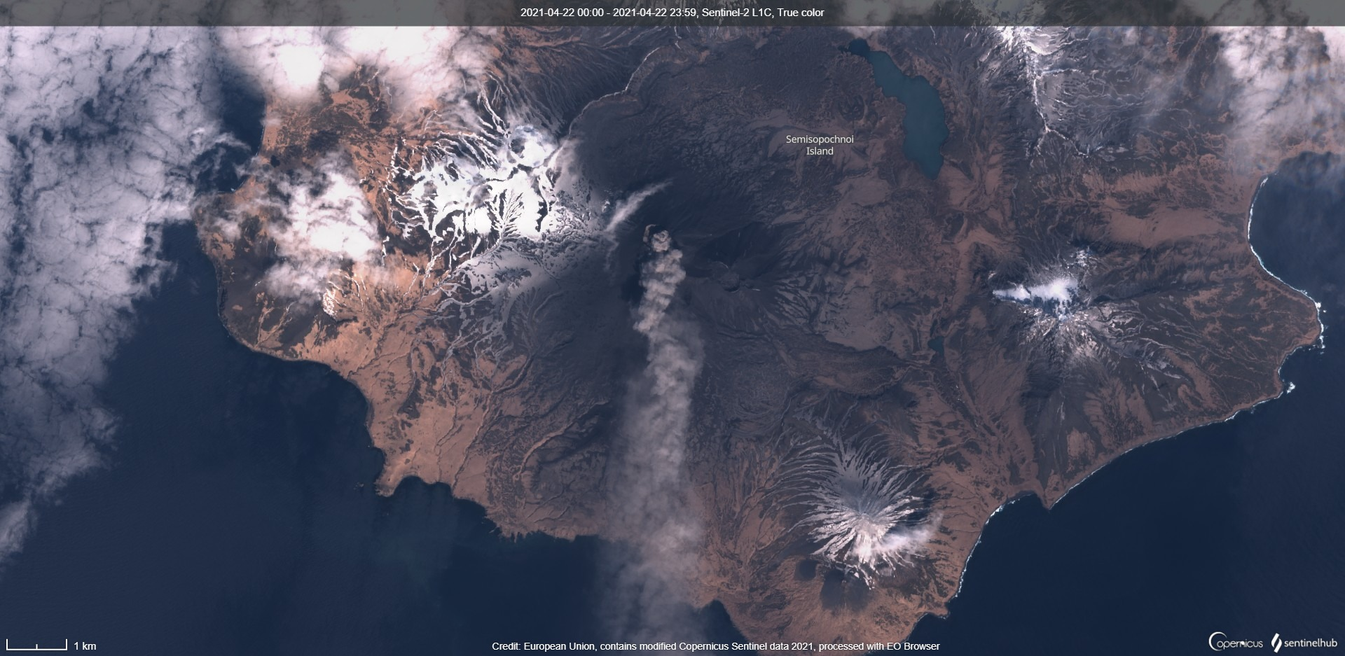 Constant ash emissions from Semisopochnoi volcano extending to the south (image: Sentinel 2)
