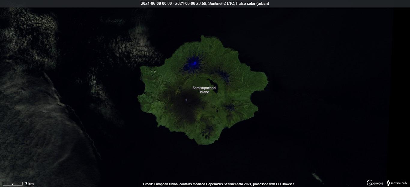 Satellite view of Semisopochnoi volcano on 8 June (image: Sentinel 2)