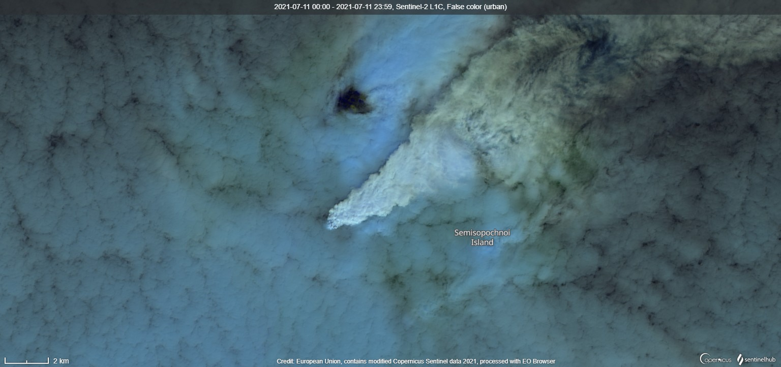 Gas-steam plume from Semisopochnoi volcano on 11 July (image: Sentinel 2)