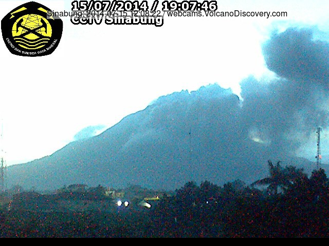 Ash plume from a small pyroclastic flow at Sinabung yesterday