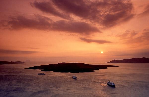 Santorini island (Nea Kameni volcano) (c) Tobias Schorr
