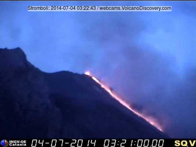 Stromboli's new lava flow this morning (INGV webcam)