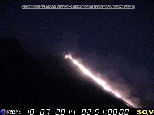 Lavastroom op Stromboli vanmorgen