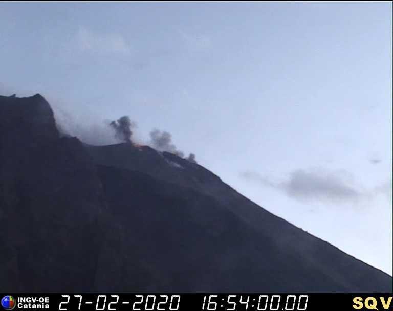 Weak eruption from Stromboli this evening (image: INGV Catania webcam)