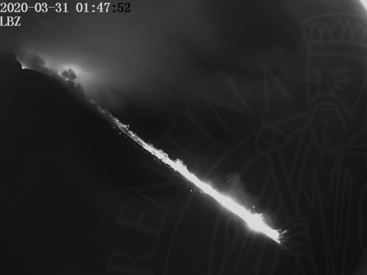Lava flow on Stromboli's Sciara del Fuoco reaching the sea this morning (image: LGS webcam)