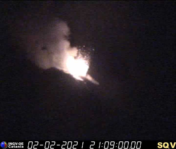 One of the stronger explosions of the NE vent of Stromboli volcano last night (image: INGV webcam)