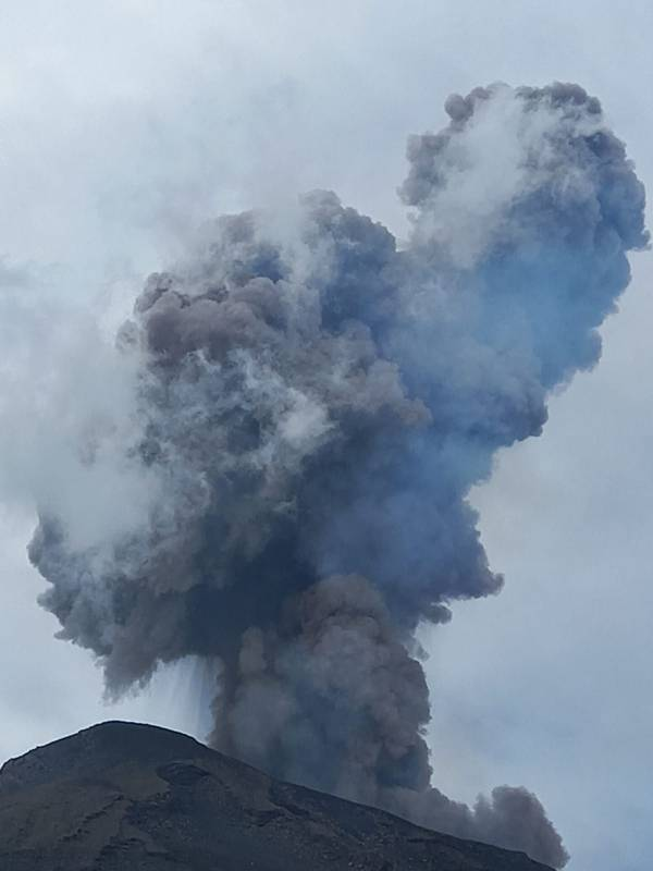 Eruption of Stromboli volcano this morning (image: Nora Cincotta)