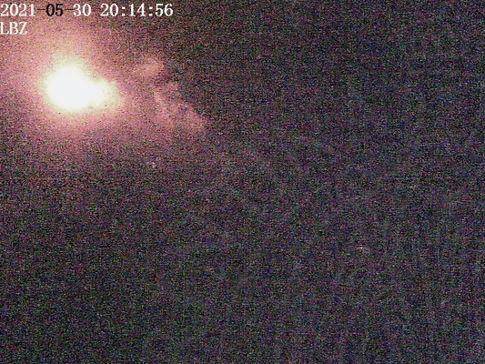 View of Stromboli from Punta Labronzo in the evening of 30 May 2021 (image: LGS webcam)