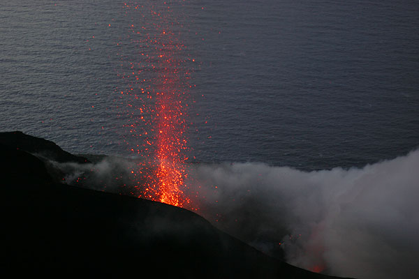 Candle-like eruption from the active vent inside the NW crater (2)