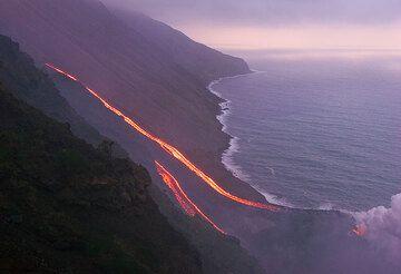 Lava flows on the Sciara