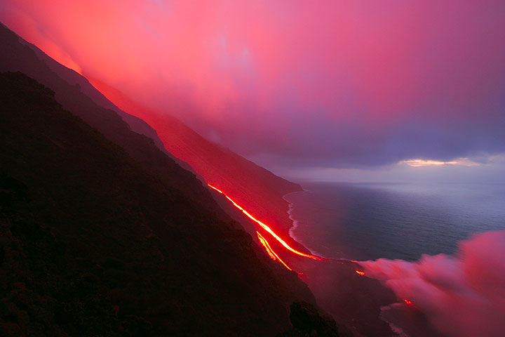 Lava flow on Stromboli volcano in March 2007.