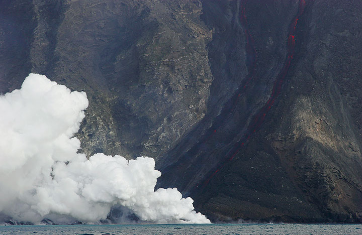 The lava flows and the steam plume (1).