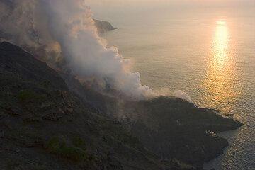 Sunset light on the new lava delta