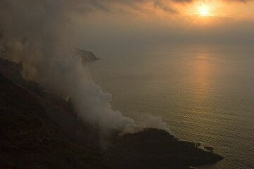 Steam plume and sunset (2)