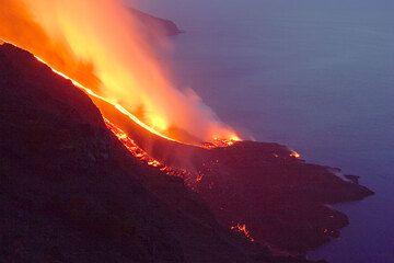 The new lava delta at twilight