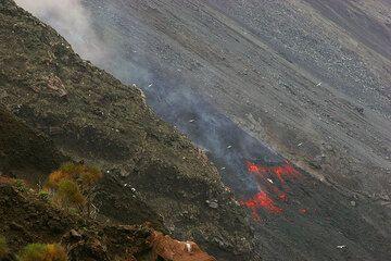 Advancing lava flow (2)