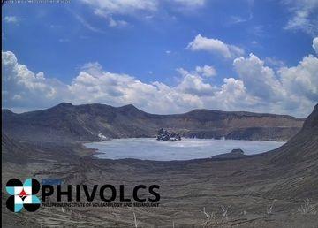 Phreatomagmatic burst at Taal volcano yesterday (image: PHIVOLCS/facebook)